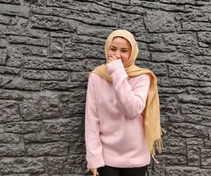 blogger, happy, and headscarf image