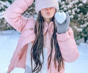 long hair, winter, and pink image