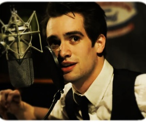 boy, panic! at the disco, and sing image