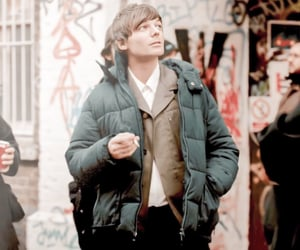 walls, louistomlinson, and onedirection image