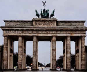 beauty, winter, and berlin image
