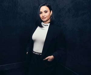 demi lovato, fashion, and flawless image