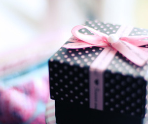 gift, pink, and cute image