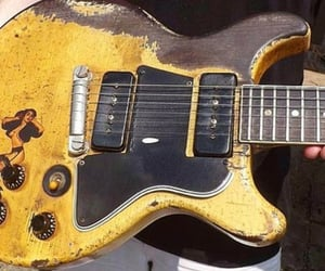 gibson, rock, and guitar image