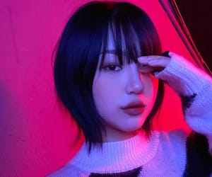 asian, girl, and glow image