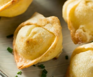 cream cheese, food, and wonton image