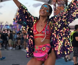 festival outfit image