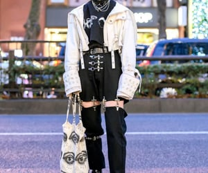 fashion, japanese streetwear, and japanese fashion image