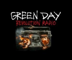 revolution radio and green day wallpaper image
