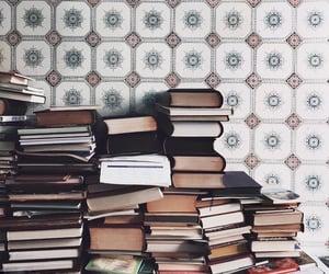 books, reading, and كُتُب image