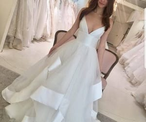 wedding gown, white wedding dress, and cheap bridal dress image