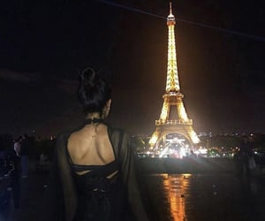 paris and tour eiffel image