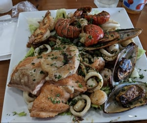 clams, seafood, and shrimp image