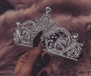 crown, girly, and jewelry image