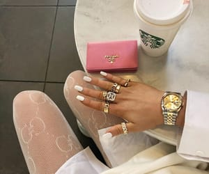 blogger, rings, and alicia roddy image