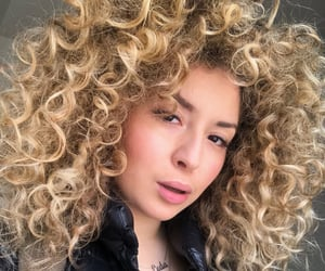 blonde, curlyhair, and curly image