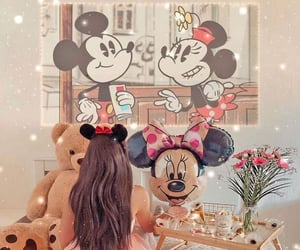 cartoons, chill, and minnie mouse image