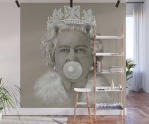 queen elizabeth bubblegum and queen elizabeth ii art image