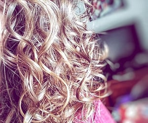 cheveux, curly hair, and cheveux bouclés image