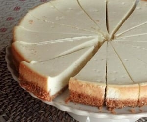 cheesecake and yummy image