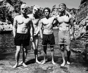 beach, black and white, and the vamps image