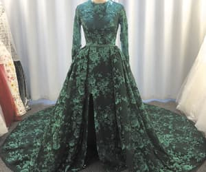 green prom dress, robe de soirée, and sparkly prom dress image