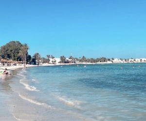 plage, sea, and tunisie image