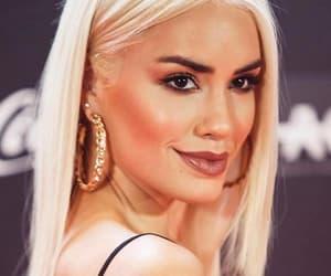 blonde, brava, and laligera image