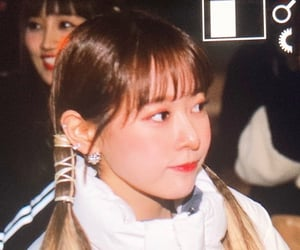bora, preview, and cherry bullet image