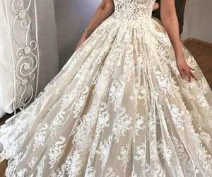lace wedding dress, vestido de novia, and luxury wedding dress image