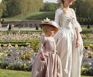 antoinette and marie image