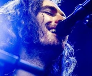 hozier and andrew hozier byrne image