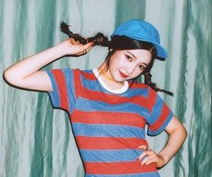 girl group, green, and kpop image