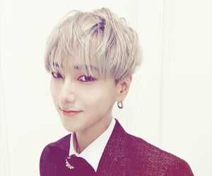 super junior, yesung, and kim jong-woon image