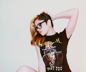 alternative, american girl, and body modification image