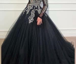 black prom dress, robe de soirée, and elegant prom dress image