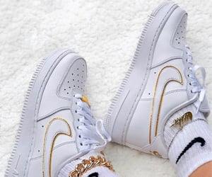 air, swoosh, and air force one image