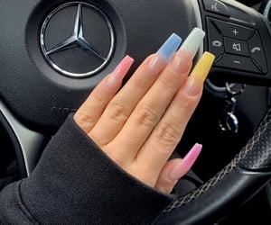 mercedes and nails image