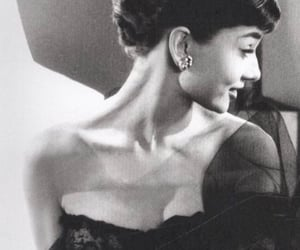 audrey hepburn, vintage, and bob willoughby image