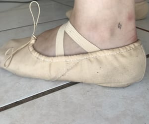 ballet, rayo, and mini tatuaje image