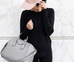 baseball cap, fashion, and handbag image