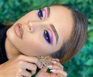 eye shadow, fancy, and maquillaje image