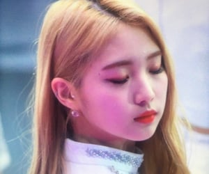 preview, lq, and yeojin image