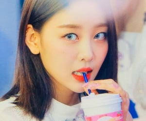 preview, lq, and yves image