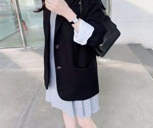 asian girl, kfashion, and selfie image
