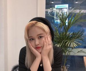 girl group, idol, and k-pop image