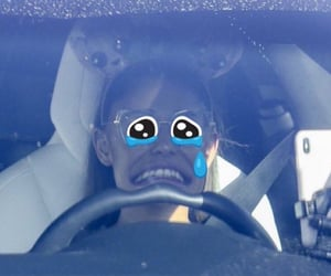 ariana and reaction pic image
