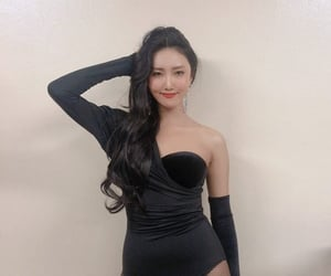 idol, kpop, and live image