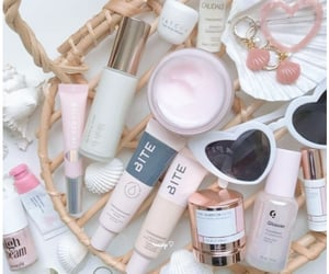 skincare, kbeauty, and lilah image