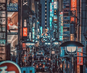 aesthetic, crowded, and lights image